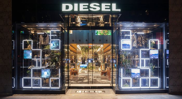 Diesel_Madison_Avenue_Store.jpg
